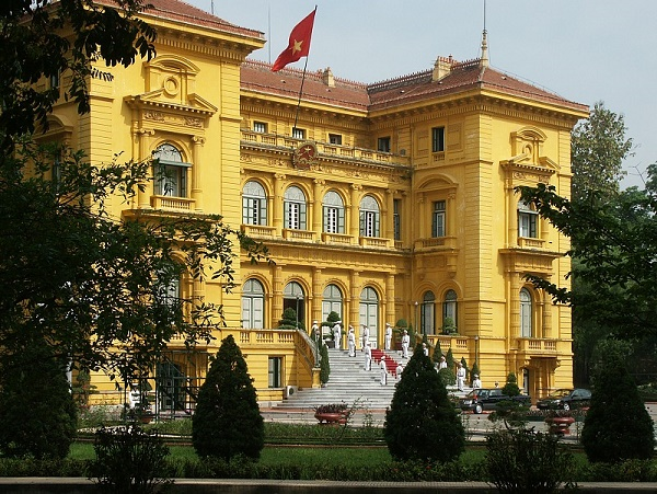 Hunt for stamps of French architecture in Hanoi, travel news, Vietnam guide, Vietnam airlines, Vietnam tour, tour Vietnam, Hanoi, ho chi minh city, Saigon, travelling to Vietnam, Vietnam travelling, Vietnam travel, vn news