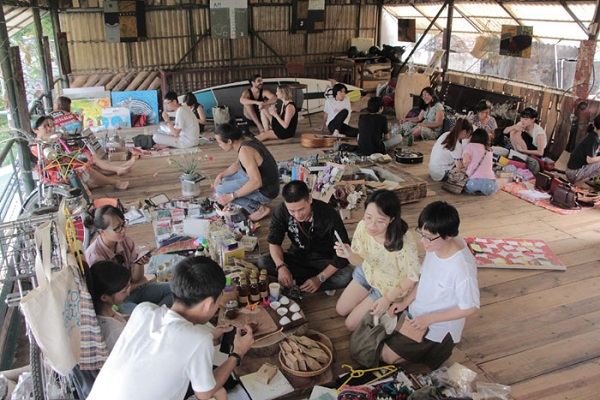 Garage sale of love mementos in Hanoi, entertainment events, entertainment news, entertainment activities, what's on, Vietnam culture, Vietnam tradition, vn news, Vietnam beauty, news Vietnam, Vietnam news, Vietnam net news, vietnamnet news, vietnamnet br
