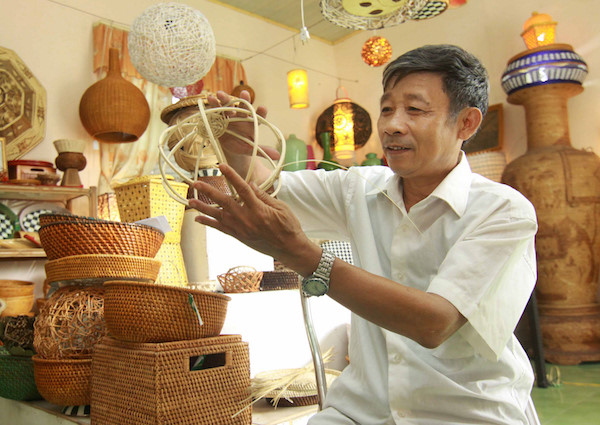 To explore the skillful hand of Hanoians, travel news, Vietnam guide, Vietnam airlines, Vietnam tour, tour Vietnam, Hanoi, ho chi minh city, Saigon, travelling to Vietnam, Vietnam travelling, Vietnam travel, vn news