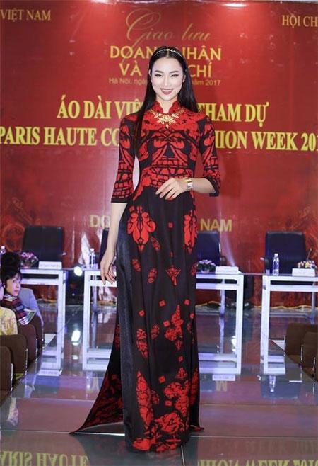 Designer Do Trinh Hoai Nam, ao dai collections, Vietnam economy, Vietnamnet bridge, English news about Vietnam, Vietnam news, news about Vietnam, English news, Vietnamnet news, latest news on Vietnam, Vietnam