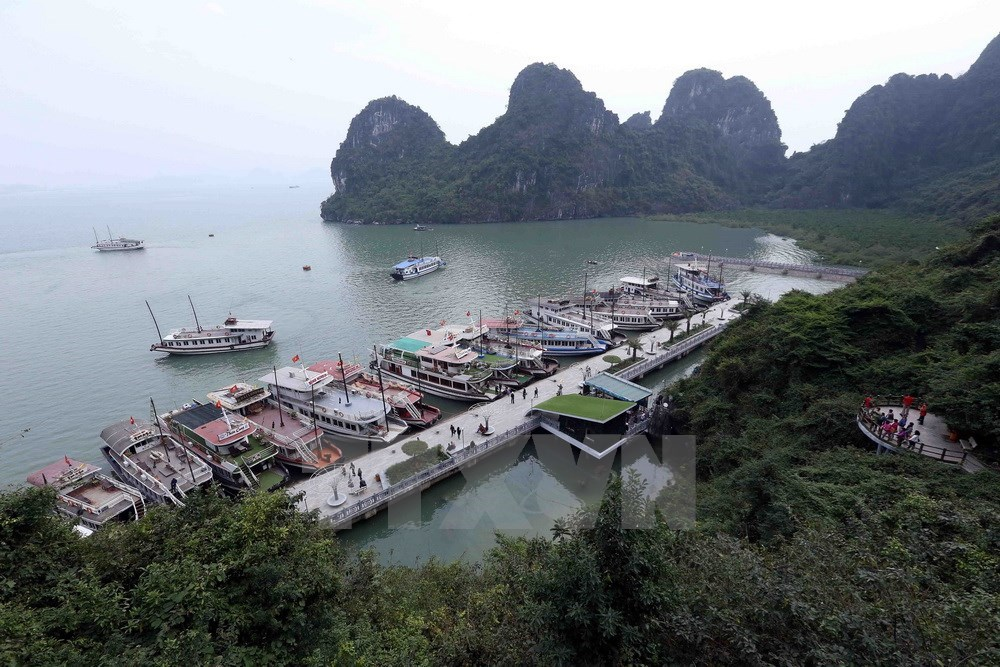 Ha Long Bay - World Natural Heritage Site, travel news, Vietnam guide, Vietnam airlines, Vietnam tour, tour Vietnam, Hanoi, ho chi minh city, Saigon, travelling to Vietnam, Vietnam travelling, Vietnam travel, vn news