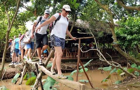 Vietnam receives record 13 million foreign visitors in 2017, travel news, Vietnam guide, Vietnam airlines, Vietnam tour, tour Vietnam, Hanoi, ho chi minh city, Saigon, travelling to Vietnam, Vietnam travelling, Vietnam travel, vn news