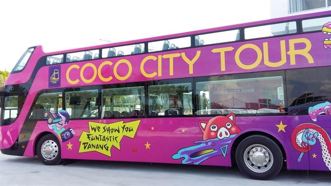Open-top buses a hit in Da Nang, travel news, Vietnam guide, Vietnam airlines, Vietnam tour, tour Vietnam, Hanoi, ho chi minh city, Saigon, travelling to Vietnam, Vietnam travelling, Vietnam travel, vn news