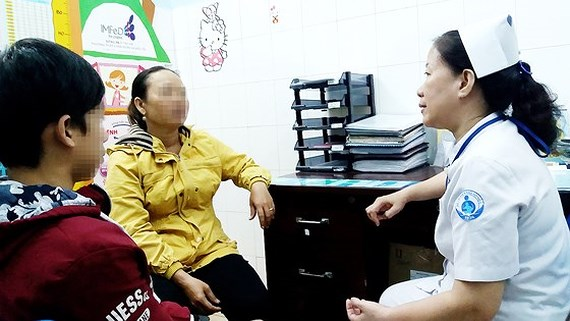 Cuts to HIV/AIDS treatment aids cause difficulties in treating HIV kids, social news, vietnamnet bridge, english news, Vietnam news, news Vietnam, vietnamnet news, Vietnam net news, Vietnam latest news, vn news, Vietnam breaking news