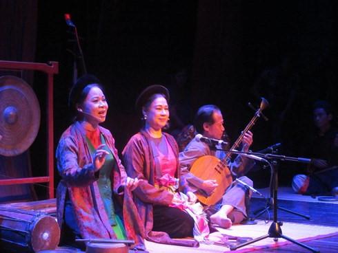 Vietnam's folk music treasure promoted, entertainment events, entertainment news, entertainment activities, what's on, Vietnam culture, Vietnam tradition, vn news, Vietnam beauty, news Vietnam, Vietnam news, Vietnam net news, vietnamnet news, vietnamnet b