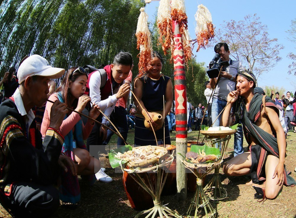 Xo Dang-Xo Teng ethnic people celebrate water piping festival, entertainment events, entertainment news, entertainment activities, what's on, Vietnam culture, Vietnam tradition, vn news, Vietnam beauty, news Vietnam, Vietnam news, Vietnam net news,