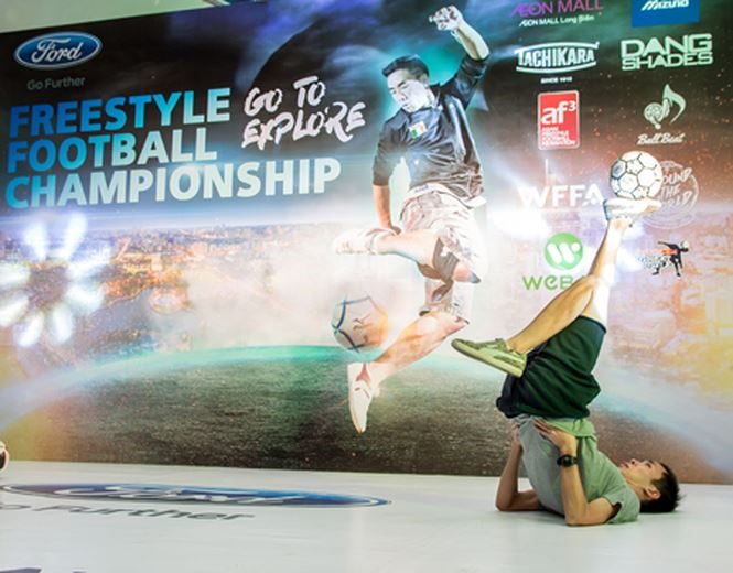 Phat wins freestyle football championship