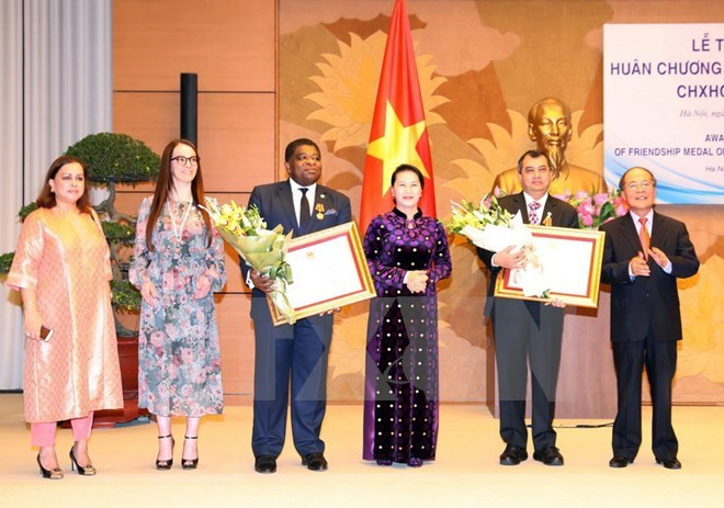 NA Chairwoman receives, presents Friendship Order to IPU leaders, Government news, Vietnam breaking news, politic news, vietnamnet bridge, english news, Vietnam news, news Vietnam, vietnamnet news, Vietnam net news, Vietnam latest news, vn news