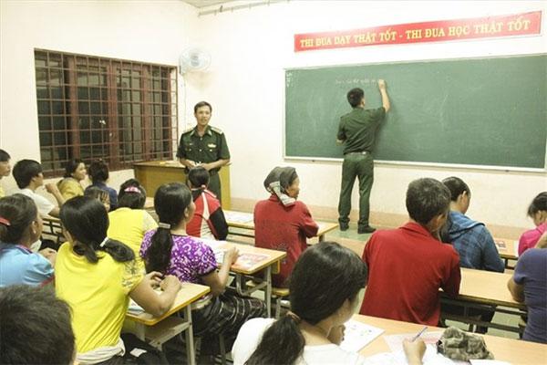 Border guards teach reading, Vietnam economy, Vietnamnet bridge, English news about Vietnam, Vietnam news, news about Vietnam, English news, Vietnamnet news, latest news on Vietnam, Vietnam