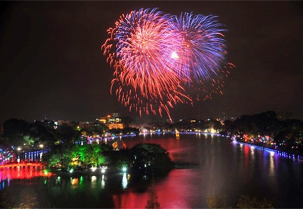 Tet firework displays scheduled for Hanoi, entertainment events, entertainment news, entertainment activities, what's on, Vietnam culture, Vietnam tradition, vn news, Vietnam beauty, news Vietnam, Vietnam news, Vietnam net news, vietnamnet news, vietnamne