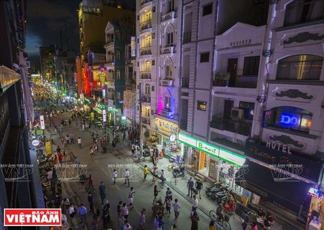 Bui Vien street, saigon, Bustling street for foreigners in HCM City, travel news, Vietnam guide, Vietnam airlines, Vietnam tour, tour Vietnam, Hanoi, ho chi minh city, Saigon, travelling to Vietnam, Vietnam travelling, Vietnam travel, vn news