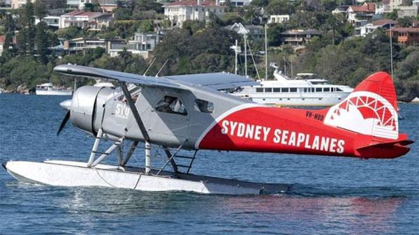 Sydney seaplane crash: Sharp turn 'inexplicable', operator says