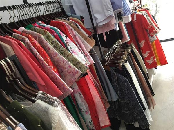 Traditional costumes, ao dai, Vietnam economy, Vietnamnet bridge, English news about Vietnam, Vietnam news, news about Vietnam, English news, Vietnamnet news, latest news on Vietnam, Vietnam