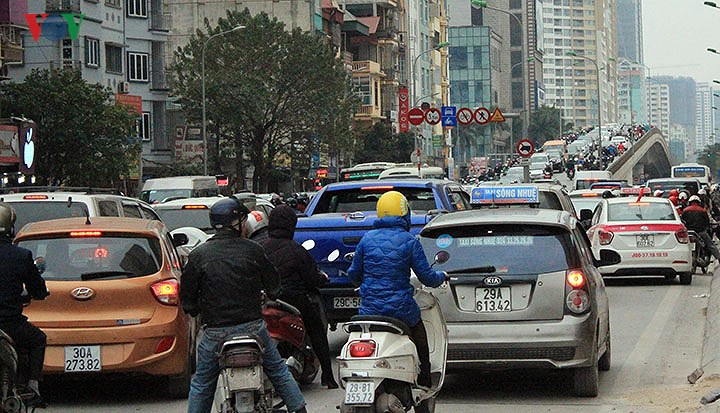 Hanoi streets face gridlock as Tet approaches, social news, vietnamnet bridge, english news, Vietnam news, news Vietnam, vietnamnet news, Vietnam net news, Vietnam latest news, vn news, Vietnam breaking news