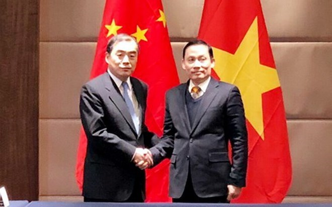 Vietnam, China hold regular deputy foreign ministers' meeting
