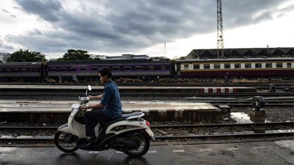 Thailand, Bangkok woman, taking selfie on train tracks, killed