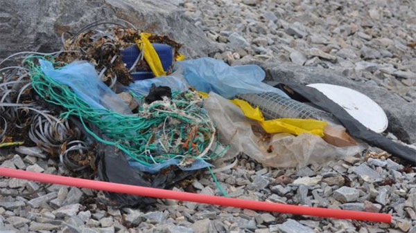 Norwegian Arctic, plastic waste, building up