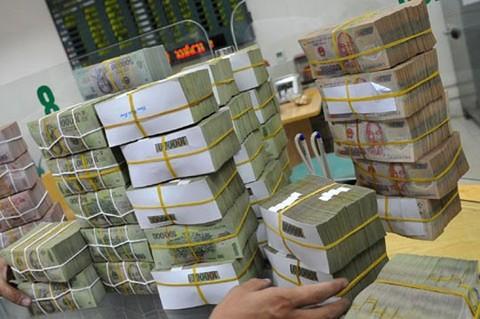 Us Dollar Devalued Against Dong Despite Global Rise Vietnam Economy Business News Vn