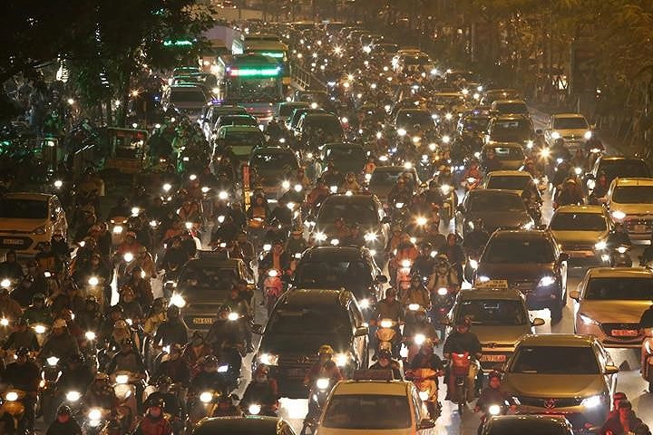 Hanoi, HCM City streets gridlocked as Tet arrives, social news, vietnamnet bridge, english news, Vietnam news, news Vietnam, vietnamnet news, Vietnam net news, Vietnam latest news, vn news, Vietnam breaking news