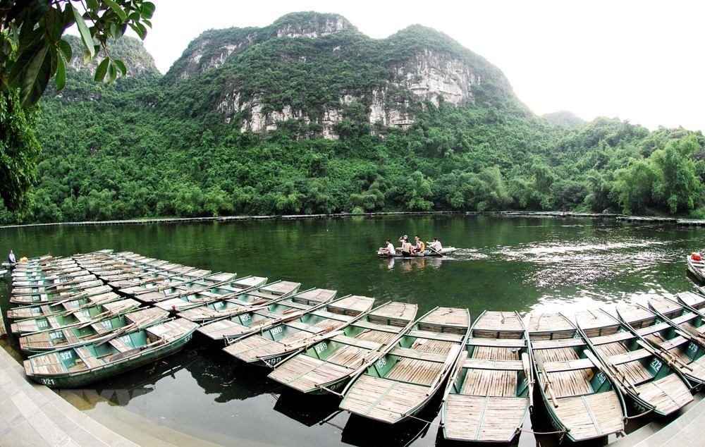Trang An - meeting place of river and mountains, travel news, Vietnam guide, Vietnam airlines, Vietnam tour, tour Vietnam, Hanoi, ho chi minh city, Saigon, travelling to Vietnam, Vietnam travelling, Vietnam travel, vn news