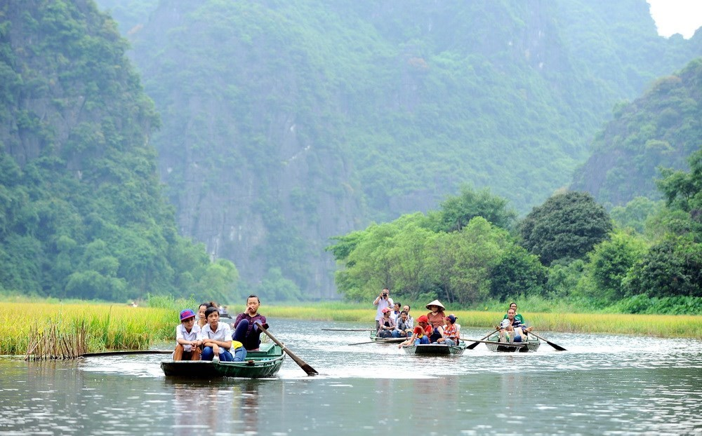Trang An - meeting place of river and mountains, travel news, Vietnam guide, Vietnam airlines, Vietnam tour, tour Vietnam, Hanoi, ho chi minh city, Saigon, travelling to Vietnam, Vietnam travelling, Vietnam travel, vn news