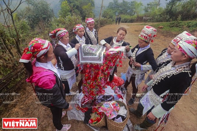 Traditional Dao wedding, entertainment events, entertainment news, entertainment activities, what's on, Vietnam culture, Vietnam tradition, vn news, Vietnam beauty, news Vietnam, Vietnam news, Vietnam net news, vietnamnet news, vietnamnet bridge