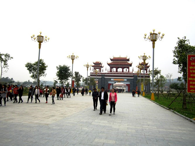 Tay Thien mountain – ideal place for Buddhist pilgrims in early spring, travel news, Vietnam guide, Vietnam airlines, Vietnam tour, tour Vietnam, Hanoi, ho chi minh city, Saigon, travelling to Vietnam, Vietnam travelling, Vietnam travel, vn news