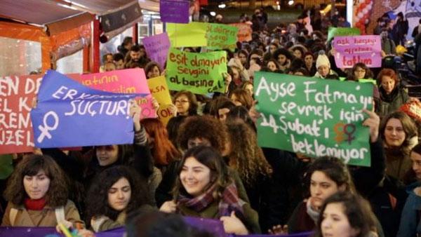 Turkey, women challenge Turkey traditions, right to work