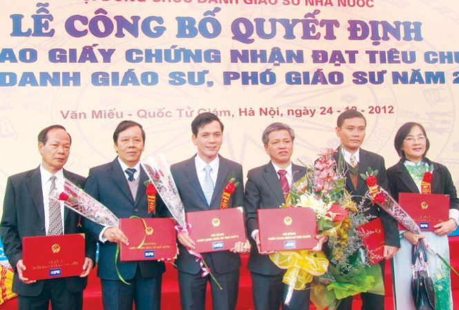 vietnam economy, business news, vn news, vietnamnet bridge, english news, Vietnam news, news Vietnam, vietnamnet news, vn news, Vietnam net news, Vietnam latest news, Vietnam breaking news, professorship, ISI journal, university lecturers