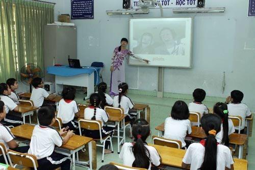 HCM City to pilot 'smart schools', Vietnam education, Vietnam higher education, Vietnam vocational training, Vietnam students, Vietnam children, Vietnam education reform, vietnamnet bridge, english news, Vietnam news, news Vietnam, vietnamnet news