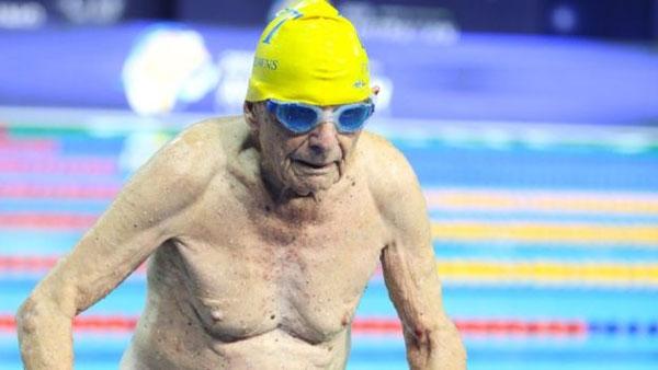 Australian swimmer, 99-year-old, world record