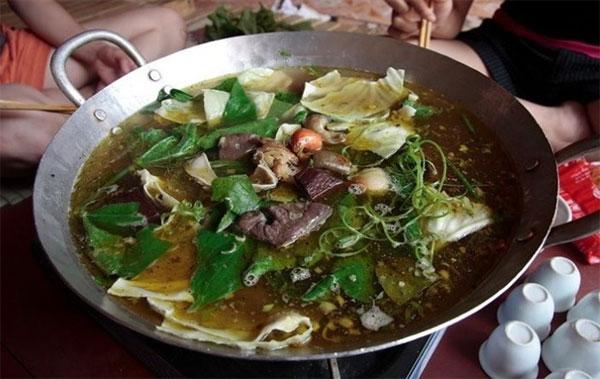 Sa Pa, Mong ethnic people, traditional costumes, Vietnam economy, Vietnamnet bridge, English news about Vietnam, Vietnam news, news about Vietnam, English news, Vietnamnet news, latest news on Vietnam, Vietnam
