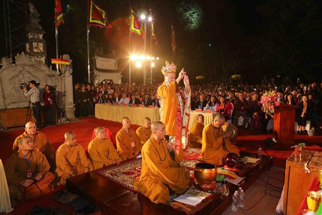 Northern festivals remembering Tran Dynasty draw public crowds, entertainment events, entertainment news, entertainment activities, what's on, Vietnam culture, Vietnam tradition, vn news, Vietnam beauty, news Vietnam, Vietnam news, Vietnam net news, vietn