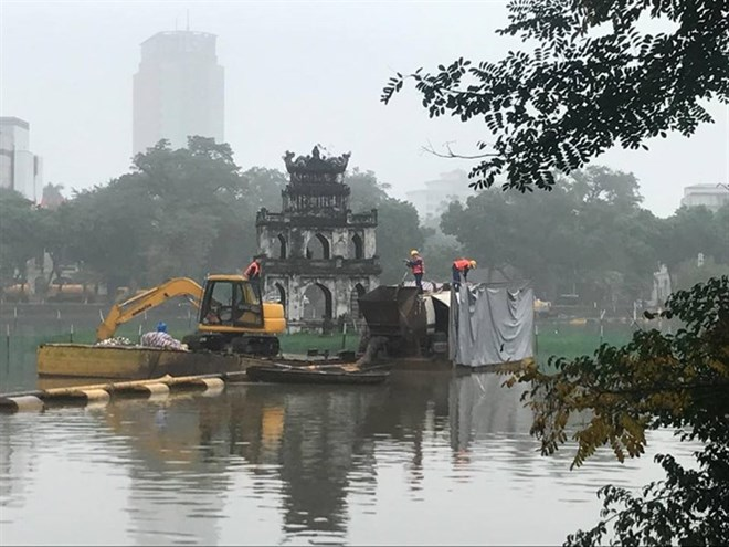 Water quality in Hanoi's lakes improves after cleaning, Vietnam environment, climate change in Vietnam, Vietnam weather, Vietnam climate, pollution in Vietnam, environmental news, sci-tech news, vietnamnet bridge, english news, Vietnam news, news Vietnam,