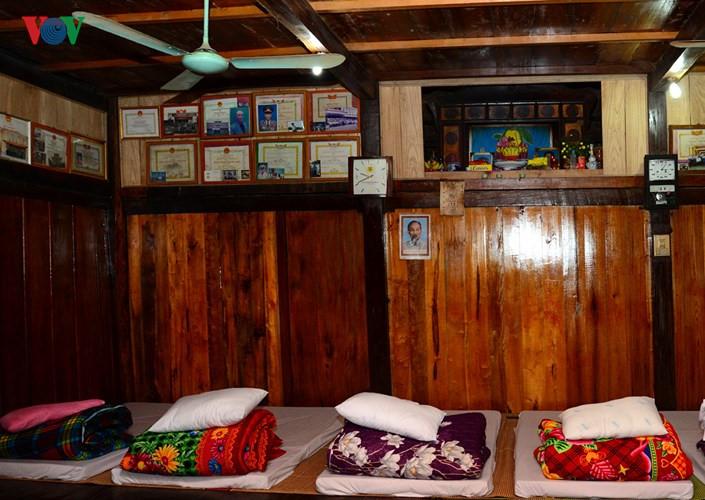 Ba Be Lake Lake View Homestay at Pac Ngoi village, travel news, Vietnam guide, Vietnam airlines, Vietnam tour, tour Vietnam, Hanoi, ho chi minh city, Saigon, travelling to Vietnam, Vietnam travelling, Vietnam travel, vn news