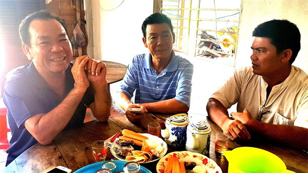 'Dead' soldier, reunites with mother, Vietnam economy, Vietnamnet bridge, English news about Vietnam, Vietnam news, news about Vietnam, English news, Vietnamnet news, latest news on Vietnam, Vietnam