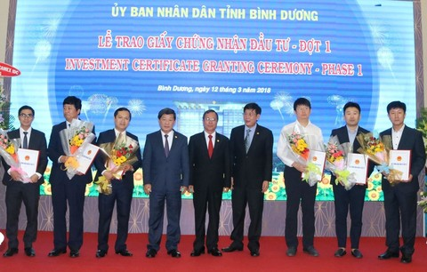 Binh Duong grants 19 investment certificates, Saigon Petro proposes to bring A92 back, Viet Nam-Japan forum strengthens ties, Steel exports increase 38%, VN firms see positive impact from CPTPP