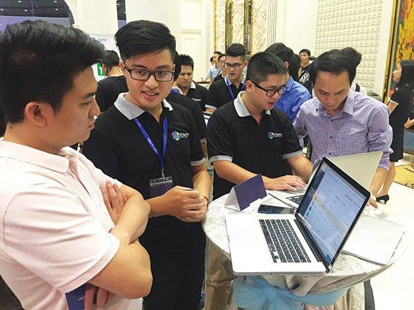 vietnam economy, business news, vn news, vietnamnet bridge, english news, Vietnam news, news Vietnam, vietnamnet news, vn news, Vietnam net news, Vietnam latest news, Vietnam breaking news, wave to pay, blockchain, cloud
