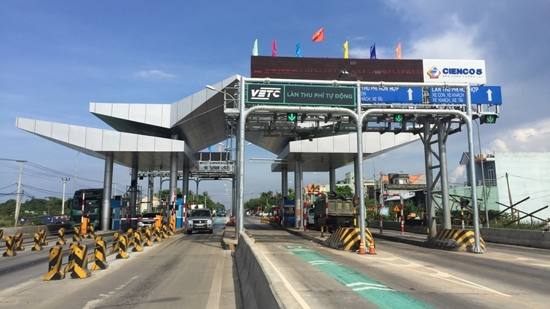 Vietnam aims to complete roll-out of cashless tolling by 2019, social news, vietnamnet bridge, english news, Vietnam news, news Vietnam, vietnamnet news, Vietnam net news, Vietnam latest news, vn news, Vietnam breaking news