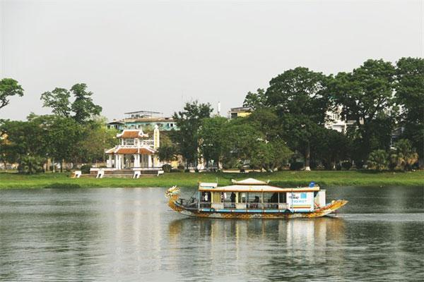 Hue, protect its relics, Vietnam economy, Vietnamnet bridge, English news about Vietnam, Vietnam news, news about Vietnam, English news, Vietnamnet news, latest news on Vietnam, Vietnam