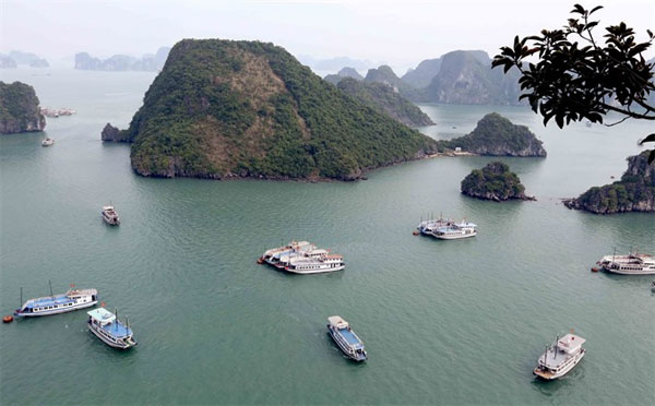 Ha Long Bay, cruiseships, wastewater, prevent violations, Vietnam economy, Vietnamnet bridge, English news about Vietnam, Vietnam news, news about Vietnam, English news, Vietnamnet news, latest news on Vietnam, Vietnam