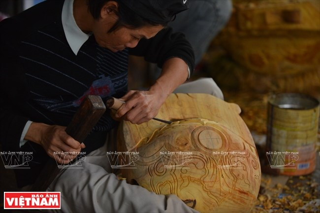 The art of making wooden fish in Hue, entertainment events, entertainment news, entertainment activities, what's on, Vietnam culture, Vietnam tradition, vn news, Vietnam beauty, news Vietnam, Vietnam news, Vietnam net news, vietnamnet news, vietnamnet