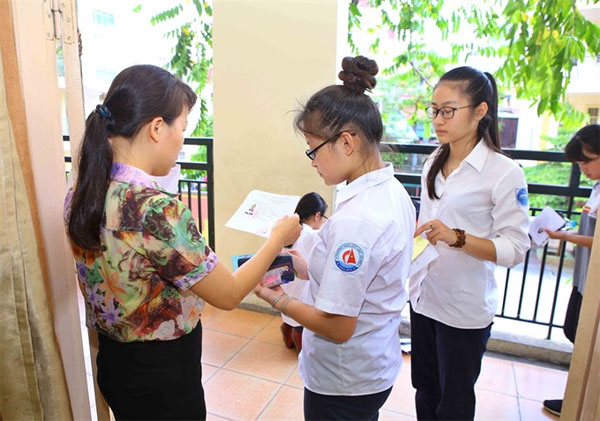 High school entrance exam, vocational schools,  pursue vocational training , Vietnam economy, Vietnamnet bridge, English news about Vietnam, Vietnam news, news about Vietnam, English news, Vietnamnet news, latest news on Vietnam, Vietnam