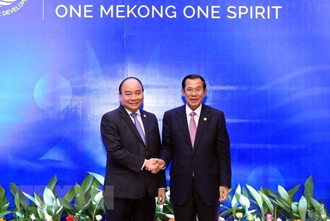 Vietnamese PM meets Lao and Cambodian counterparts in Cambodia, Government news, Vietnam breaking news, politic news, vietnamnet bridge, english news, Vietnam news, news Vietnam, vietnamnet news, Vietnam net news, Vietnam latest news, vn news