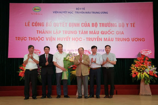 National blood centre set up to ensure supplies for patients, Chợ Rẫy Hospital adopts advanced radiotherapy system, Government reclaims bonds used for Đèo Cả tunnel project, Urban design project on Belt Road No 3 publicised