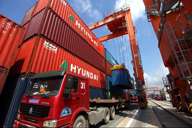 AMRO: GDP projected to grow at around 6.6% in 2018, vietnam economy, business news, vn news, vietnamnet bridge, english news, Vietnam news, news Vietnam, vietnamnet news, vn news, Vietnam net news, Vietnam latest news, Vietnam breaking news