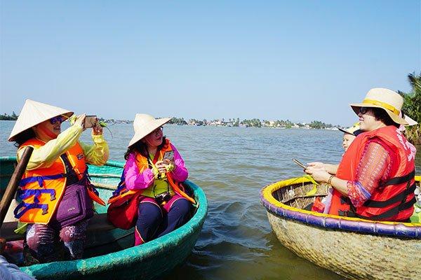 vietnam economy, business news, vn news, vietnamnet bridge, english news, Vietnam news, news Vietnam, vietnamnet news, vn news, Vietnam net news, Vietnam latest news, Vietnam breaking news, VNAT, tourism promotion, foreign travelers