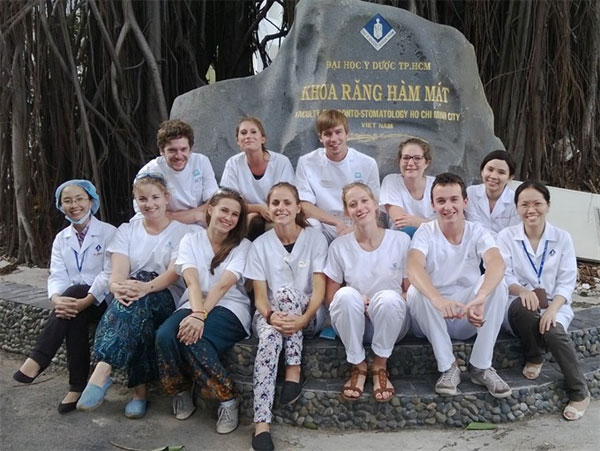 Young Doctor honoured, brilliant career, Vietnam economy, Vietnamnet bridge, English news about Vietnam, Vietnam news, news about Vietnam, English news, Vietnamnet news, latest news on Vietnam, Vietnam