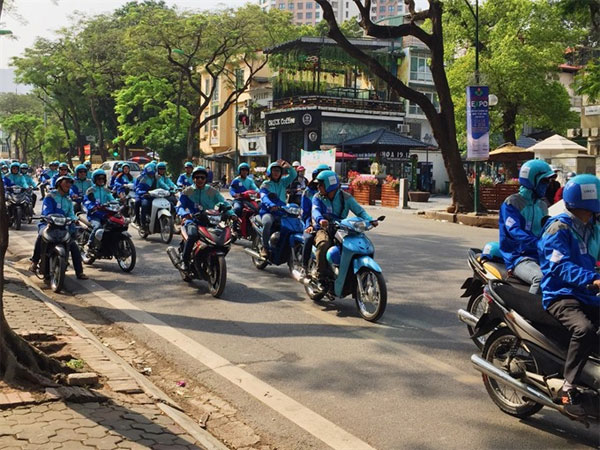 Uber drivers, UberMOTO driver, Vietnam economy, Vietnamnet bridge, English news about Vietnam, Vietnam news, news about Vietnam, English news, Vietnamnet news, latest news on Vietnam, Vietnam