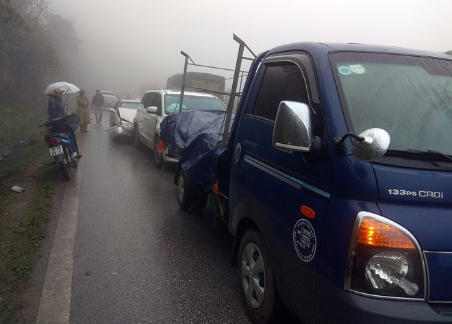 Fog causes series of accidents in Hoa Binh, social news, vietnamnet bridge, english news, Vietnam news, news Vietnam, vietnamnet news, Vietnam net news, Vietnam latest news, vn news, Vietnam breaking news